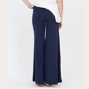 Pants - Navy Blue Plus Size Palazzo Gaucho Pants 1X 2X 3X